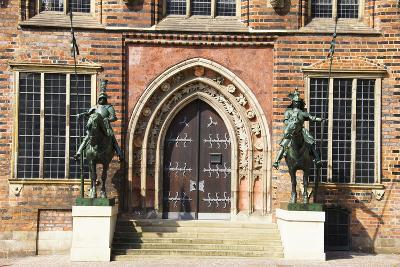 Germany, Bremen, City Hall, East Entrance, Herold Statues-Frank Lukasseck-Photographic Print