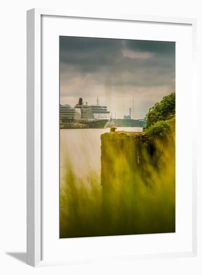 Germany, Hamburg, Hafencity, Harbour, Cruise Liner, 'Queen Elizabeth'-Ingo Boelter-Framed Photographic Print