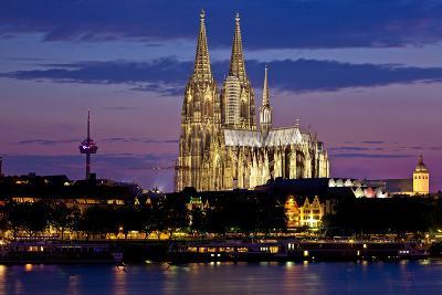 Germany, North Rhine-Westphalia, the Rhine, Cologne, Cathedral, Evening Mood-Chris Seba-Photographic Print