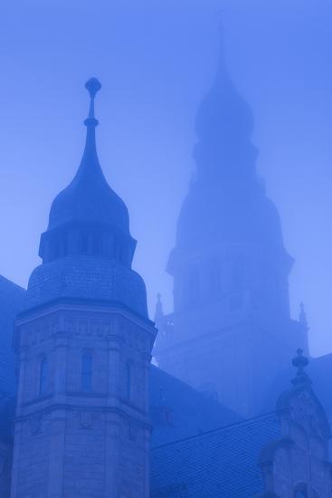 Germany, Rhineland-Pfalz, Speyer, Dom Cathedral, Dawn, Fog-Walter Bibikow-Photographic Print
