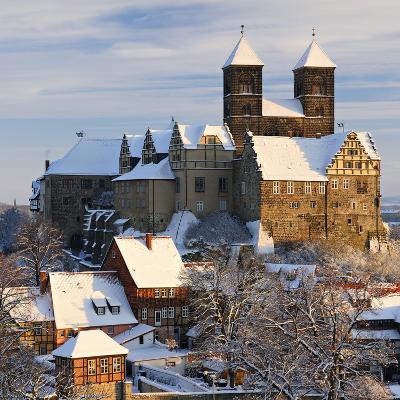 Germany, Saxony-Anhalt, Quedlinburg, Winter-Andreas Vitting-Photographic Print