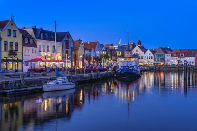 Germany, Schleswig-Holstein, North Frisia, 'Husumer Bucht' (Bay), Husum-Udo Siebig-Photographic Print