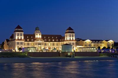 Germany, the Baltic Sea, Western Pomerania, Island RŸgen, Seaside Resort Binz-Chris Seba-Photographic Print
