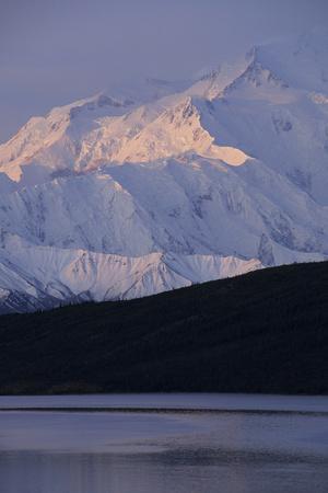 Mount McKinley, Wonder Lake, Sunrise, Denali National Park, Alaska, USA