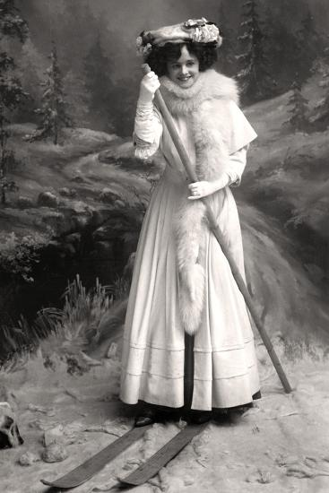Gertie Millar (1879-195), English Actress, 1906-Foulsham and Banfield-Photographic Print