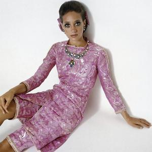 Vogue - January 1969 by Gianni Penati