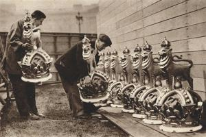 Gilded Crowns for the Mall, 1937