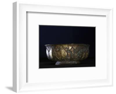 Gilt-bronze bowl, China, Tang dynasty, 618-906-Werner Forman-Framed Photographic Print