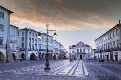 Giraldo Square (Praca Do Giraldo) in the Historic Centre, Evora, Alentejo, Portugal-Alex Robinson-Photographic Print