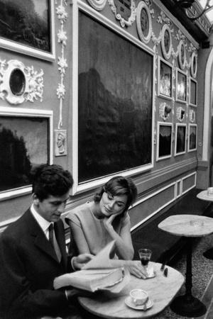 https://imgc.artprintimages.com/img/print/giulio-bosetti-and-lydia-alfonsi-at-the-antico-caffe-greco-in-rome_u-l-q10qfn90.jpg?p=0
