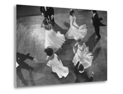 Arthur Murray Dance Instructors Dancing