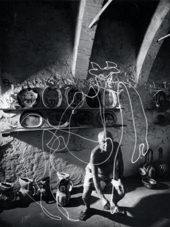"""Artist Pablo Picasso """"Painting"""" with Light at the Madoura Pottery"""
