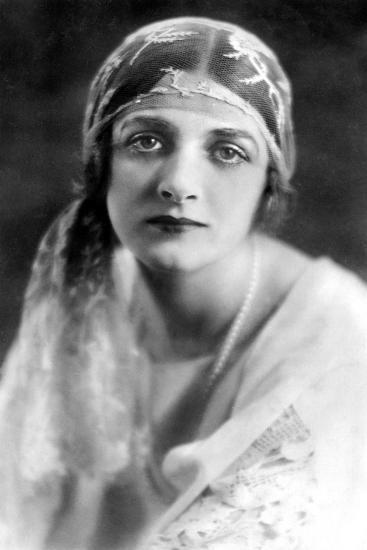 Gladys Cooper (1888-197), English Actress, 1900s-Bertram Park-Giclee Print