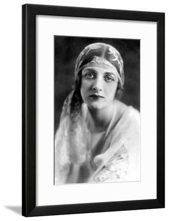 Gladys Cooper (1888-197), English Actress, 1900s-Bertram Park-Framed Giclee Print