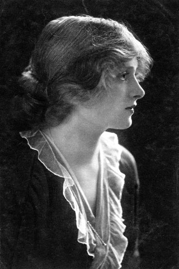 Gladys Cooper (1888-197), English Actress, 1900s- Faulkner & Co.-Giclee Print