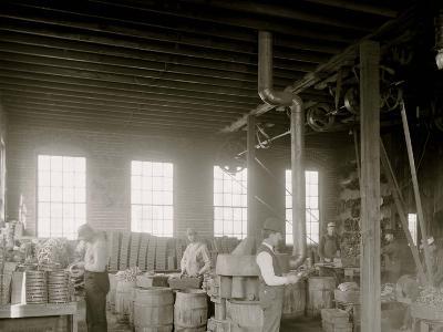 Glazier Stove Company, Grinding Room, Chelsea, Mich.--Photo