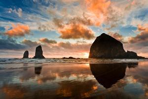 Haystack Rock by Gleb Tarro