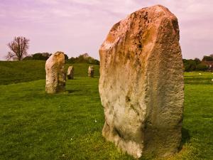 Avebury Stone Circle by Glenn Beanland