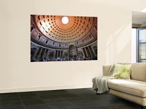 Interior of the Pantheon by Glenn Beanland