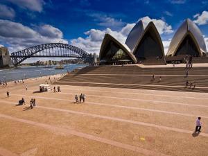 The Sydney Opera House and Harbour Bridge by Glenn Beanland