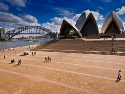 The Sydney Opera House and Harbour Bridge by Glenn Beanland