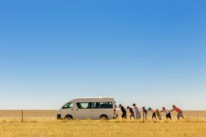 2.500 Km Around Australia by Gloria Salgado Gispert