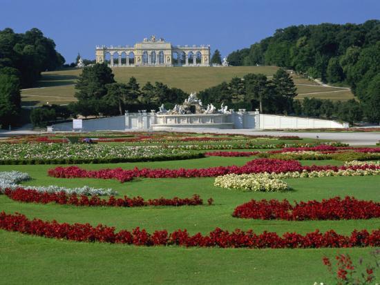 Gloriette and Neptune Fountain, Schonbrunn Gardens, UNESCO World ...