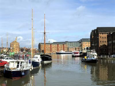 Gloucester Docks, Gloucestershire-Peter Thompson-Photographic Print