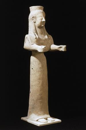 https://imgc.artprintimages.com/img/print/goddess-statue_u-l-pq4v5t0.jpg?p=0