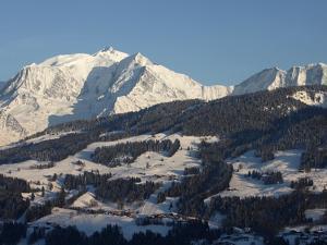 Megeve Ski Slopes, Mont-Blanc Mountain Range, Megeve, Haute-Savoie, French Alps, France, Europe by Godong
