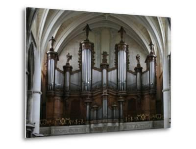 Organ in St. Andrew's Cathedral, Bordeaux, Gironde, Aquitaine, France, Europe
