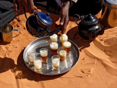 Tuareg Pouring Tea, Sebha, Ubari, Libya, North Africa, Africa by Godong