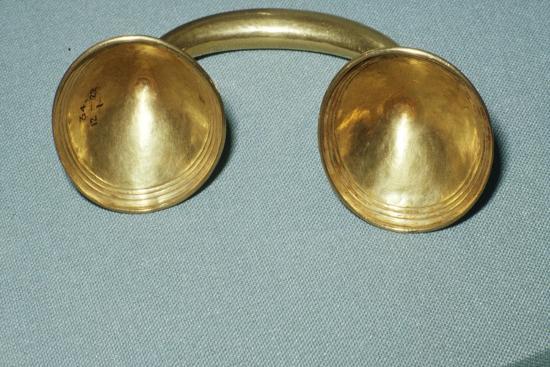 Gold Dress-Fastener, Late Bronze Age, Irish, c1400BC-600 BC-Unknown-Giclee Print