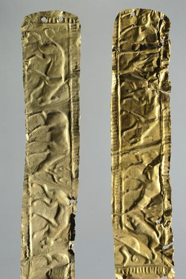 Gold Foils with Figures of Animals--Giclee Print