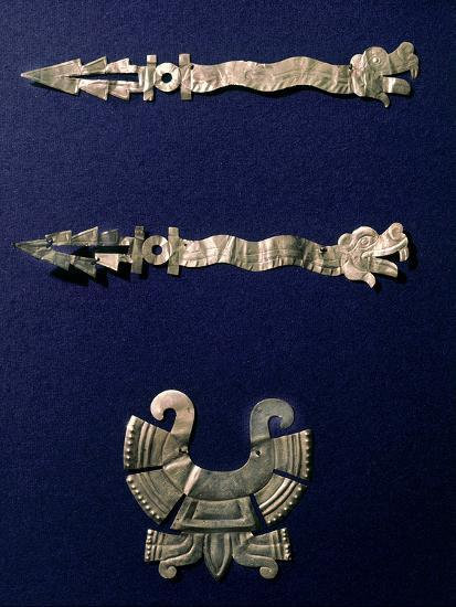 Gold labret and two xiuhcoatl ('fire serpents'), Aztec, Mexico, c1500-Werner Forman-Photographic Print