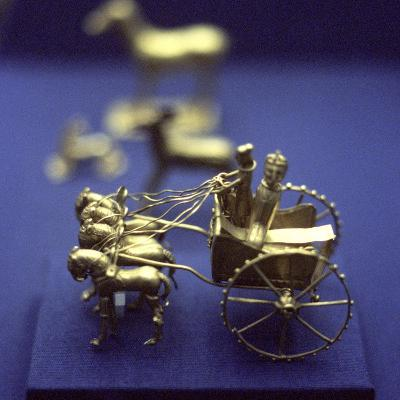 Gold Model Chariot from the Oxus Treasure, Achaemenid Persian, 5th-4th Century BC--Photographic Print