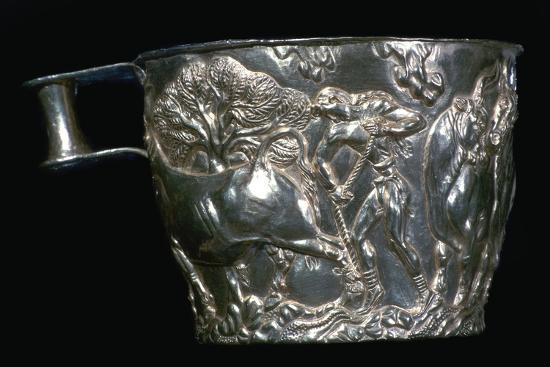 Gold Mycenaean cup, 15th century. Artist: Unknown-Unknown-Giclee Print