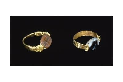 Gold Rings. Etruscan Civilization, 9th-1st Century BC--Giclee Print
