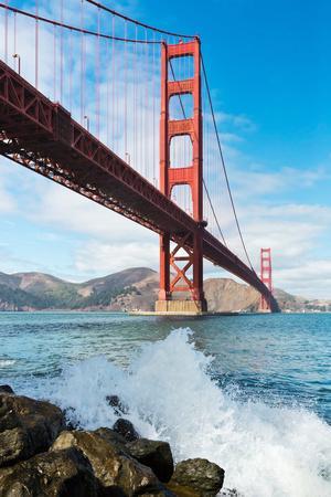 https://imgc.artprintimages.com/img/print/golden-gate-bridge_u-l-q10bzwj0.jpg?p=0