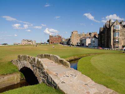 https://imgc.artprintimages.com/img/print/golfing-the-swilcan-bridge-on-the-18th-hole-st-andrews-golf-course-scotland_u-l-p2se5u0.jpg?p=0