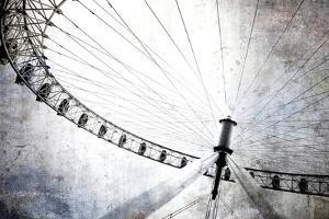 Spinning Wheel IV by Golie Miamee
