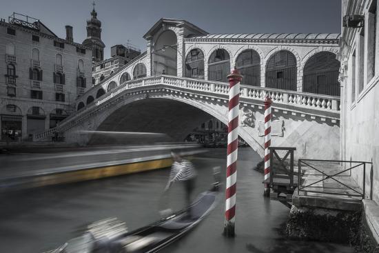 Gondolero-Moises Levy-Giclee Print