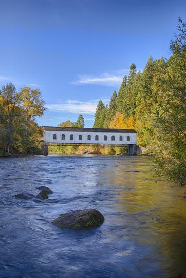 Goodpasture Covered Bridge, Mckenzie River, Lane County, Oregon, USA-Jamie & Judy Wild-Photographic Print