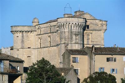 Gordes Castle (Chateau of Gordes), 16th Century, Provence-Alpes-Cote D'Azur, France--Photographic Print