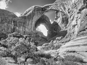 Arches 12 by Gordon Semmens
