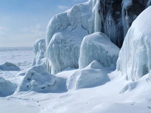 Lake Superior 20 by Gordon Semmens