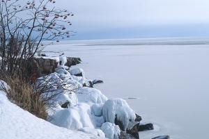 Lake Superior 27 by Gordon Semmens
