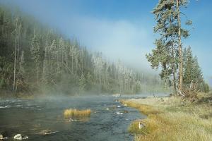 Yellowstone 01 by Gordon Semmens