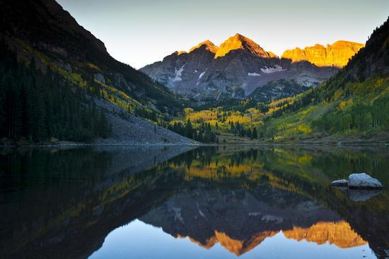 Gorgeous Fall Sunrise at Maroon Bells, Aspen, Colorado-Brad Beck-Photographic Print