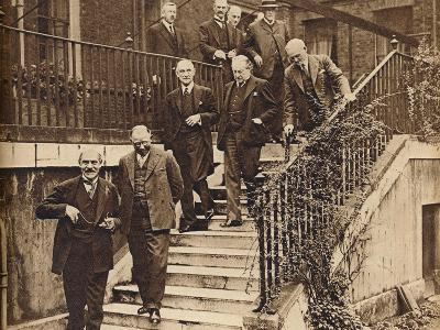 Government in Crisis, forming a National Cabinet as requested by King George V, 1931, (1938)--Photographic Print